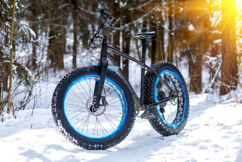 E-fatbike: El mountainbikes med høje tophastigheder